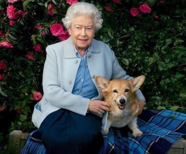 Британскатакралица Елизабет II, която тази година отпразнува 95-ия си рожден