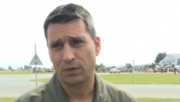 Синът на загиналия на 9 юни т. г. пилот Валентин