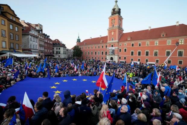 БТА Съдът на ЕС наложи на Полша глоба от 1 милион