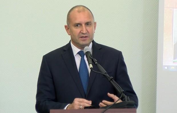 Varna24.bg Президентът изнесе лекция пред преподаватели и студенти от Медицинския университет
