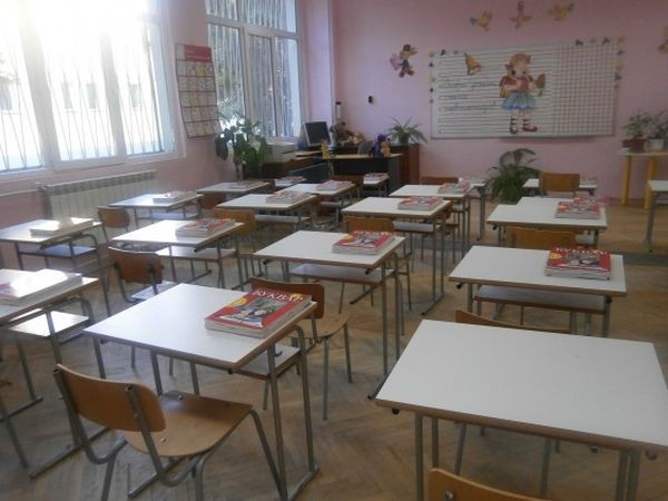 Всички общински детски градини и училища са готови за новата