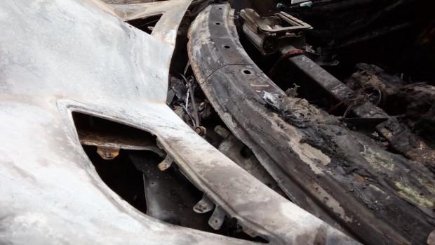 Пожарът е потушен от един противопожарен автомобил и трима огнеборци.