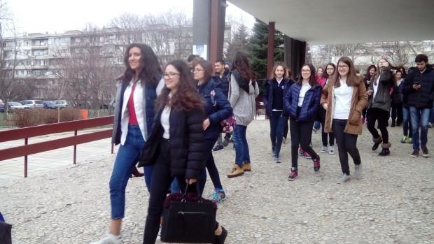 Varna24.bg директорът на Регионалният инспекторат по образованието във Варна Венцеслава
