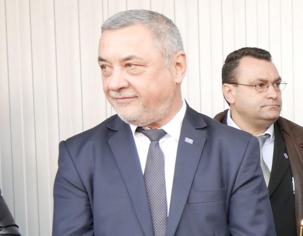 Скандал се разгоря в парламента заради изказване на Валери Симеонов