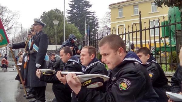 С името на капитан I ранг Димитър Добрев е свързано