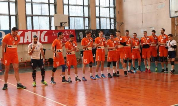 Волейболистите на Дунав (Русе) продължават да газят наред във Висшата
