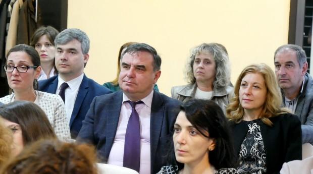 Форумът бе уважен от влиятелни бизнесмени, партньори на банката, зам.-кмета