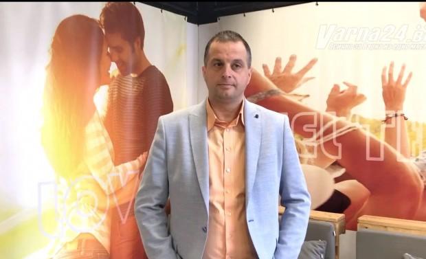 Varna24.bg председателят на Асоциацията на хотелиерите и ресторантьорите Павлин Косев.Той