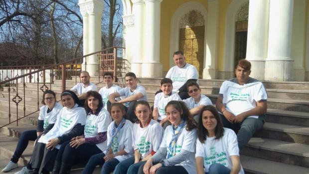 Църква, община и скаути заедно участваха в пролетното почистване на