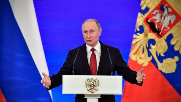 Владимир Путинпечели президентските избори в Русия с голяма преднина –