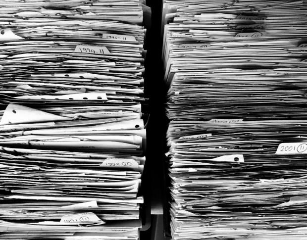 Наличният архив на Община Варна да бъде дигитализиран. Това предвижда