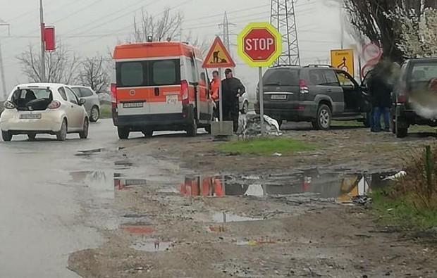 Катастрофа стана днес следобед на кръстовището между Околовръстното шосе и