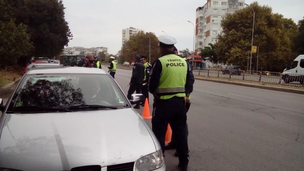 Припомняне, че на 22 февруари, автопатрулът спрял за проверка лек