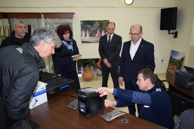 РУ – Приморско се сдоби с електронен анализатор тип дрегер