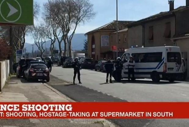 Пуснати са заложниците, взети днес в супермаркет в Треб, Южна