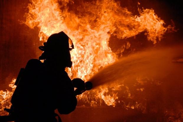 Вчера в 15:00 ч. е съобщено за пожар в работилница