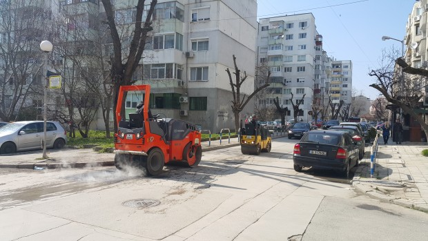Продължава рехабилитацията на пътната инфраструктура във Варна, от началото на