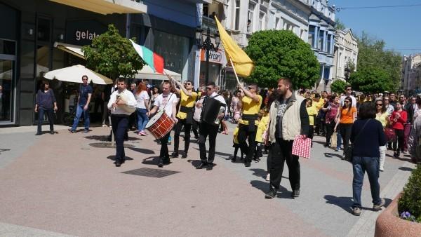 Към 31 декември миналата година населението на България е 7