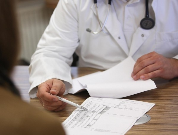 Петима представители на Министерството на здравеопазването, трима на Националната здравноосигурителна