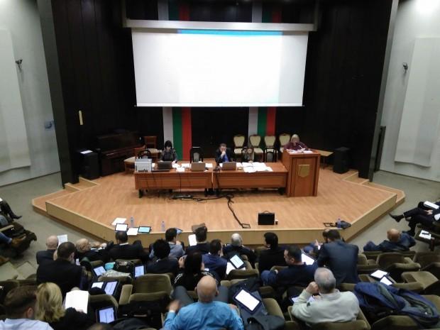 Varna24.bg.След разпалени дебати обаче предложението му не бе прието. В