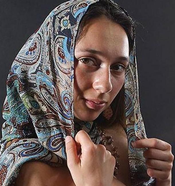 Жената на мистериозно изчезналия алпинист Боян Петров – Радослава Ненова,