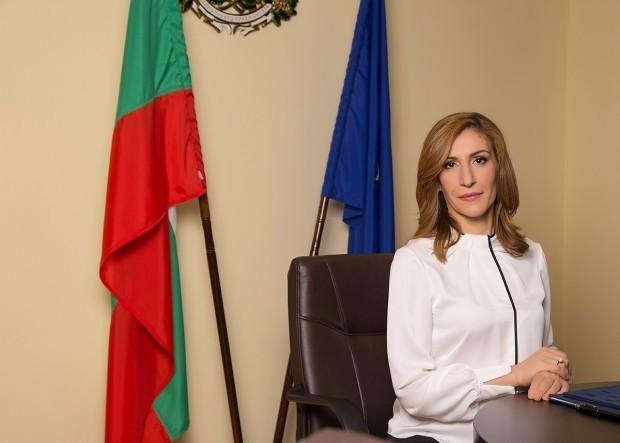 Министърът на туризма Николина Ангелкова ще участва в конференция на