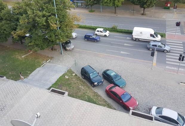 Продължават нарушенията на законите и общинските наредби в Пловдив. Това