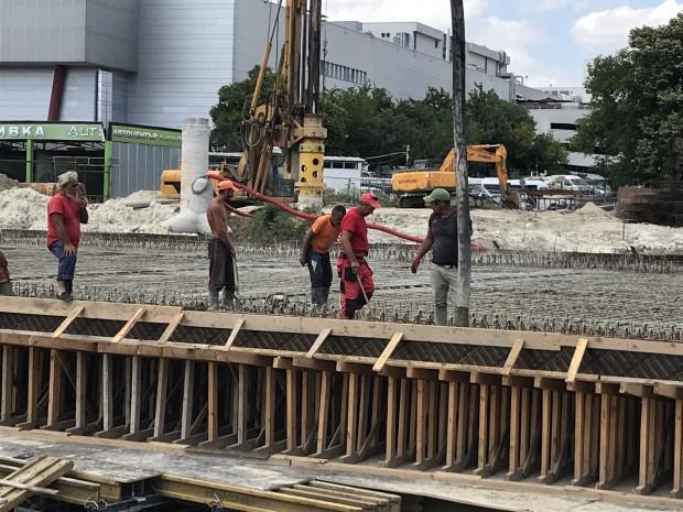 Varna24.bg Как тече изграждането на грандиозния нов булевард на Варна