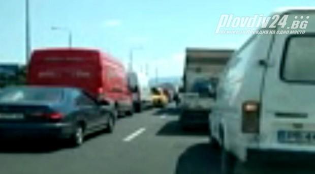 Читател на Plovdiv24.bg изригна срещу фирмата-изпълнител на ремонтните дейности по