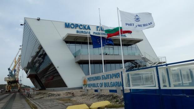 Темата за развитието на морските ни пристанища, за тяхното включване