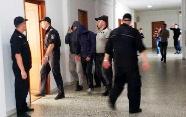 Сливенският борец Даниел Ганев и неговият приятел Николай Бабачев остават