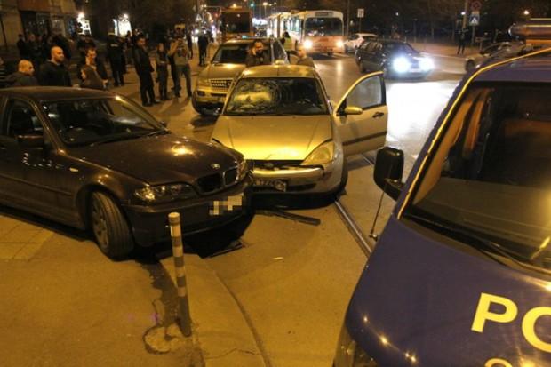 БГНЕС > Снимката е илюстративнаСлед кратко преследване 27-годишният шофьор е задържан