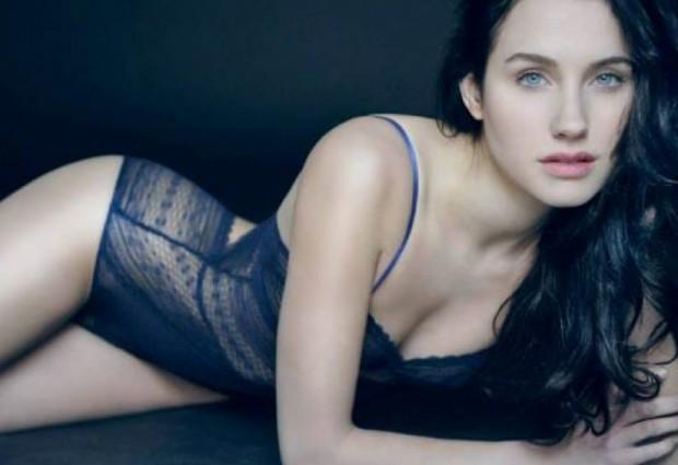 Актрисата Санд ван Рой отново обвини популярния френскирежисьор Люк Бесон
