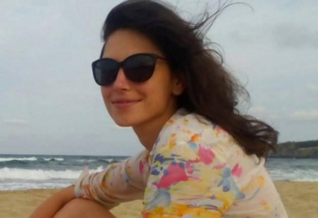 Младата лекаркаИрена Иванова е полетяла от 7-ия етаж на блок