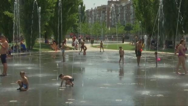 Два смъртни случая от топлинен удар са регистрирани тази седмица