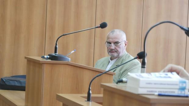 Снимка: С разпити тръгна делото срещу бившия директор на Онкото в Пловдив