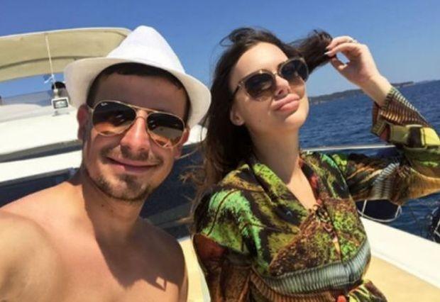 Ахмед Доган прие за снаха дъщерята на един от най-известните