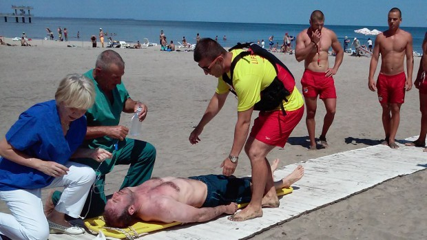 <div Мъж от Пловдив се удави на Централния плаж в