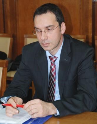 >Димитър Николов изпрати съболезнователен адрес до посланика на Република Италия
