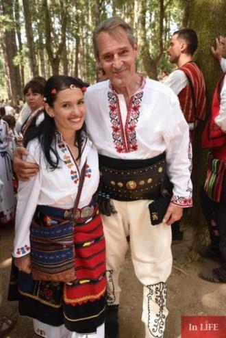 В село Жеравна започва Международният фестивал на фолклорната носия. Десетки