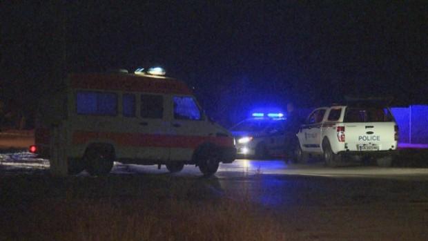 60-годишен мъж се барикадира в дома си, след като застреля