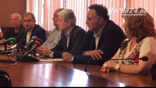 Министърът на околната среда и водите Нено Димов пристигна по
