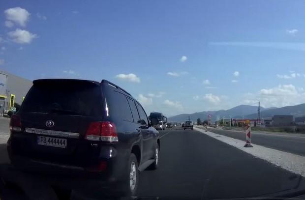 Поредният примат на пътя! Така читател на Plovdiv24.bg описа онова,