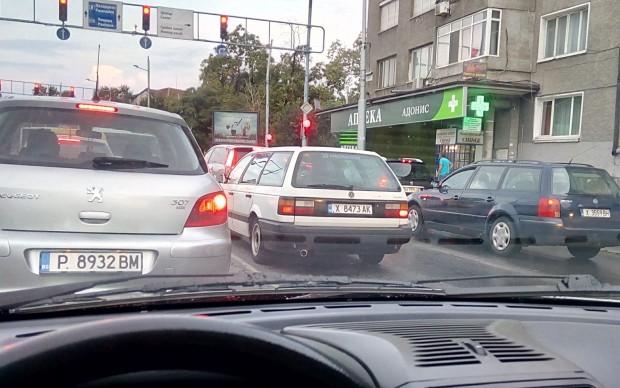 В редакцията на Plovdiv24.bg пристигнаха паралелно два сигнала. В единият,