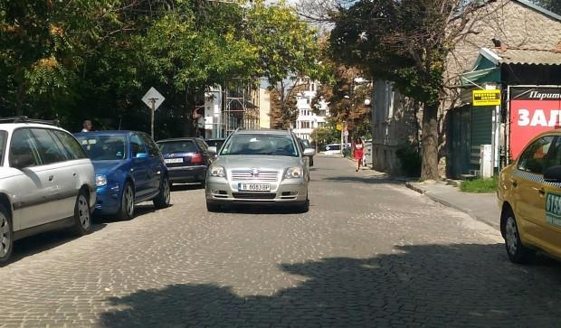За нагло паркиране съобщава редовен читател на Plovdiv24.bg: