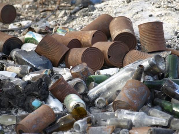 Снимка: 30 души си спретнаха масов бой с камъни и бутилки