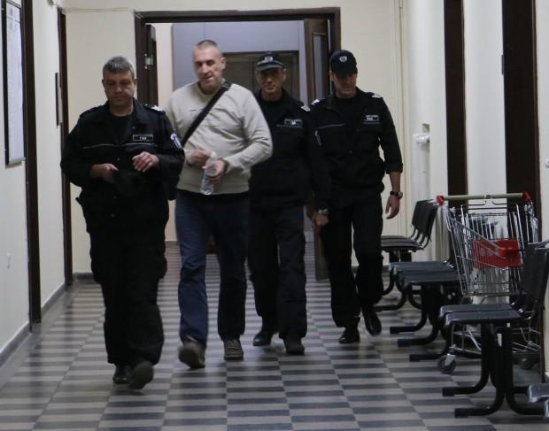 Доживотен затвор без право на замяна поиска прокуратурата за експолицая