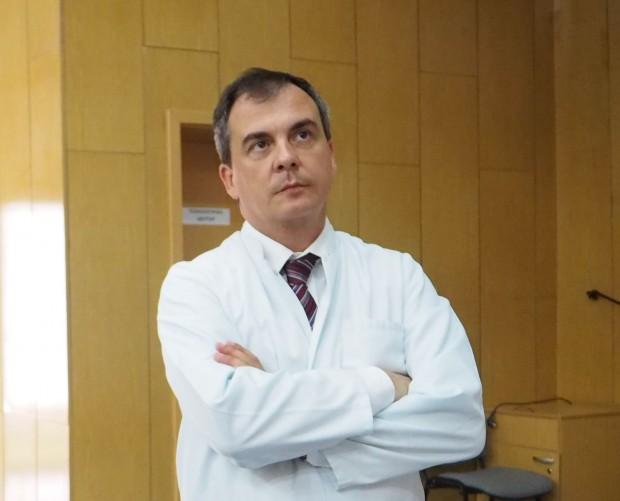Специалистите от Клиниката по Оториноларингология в УМБАЛ