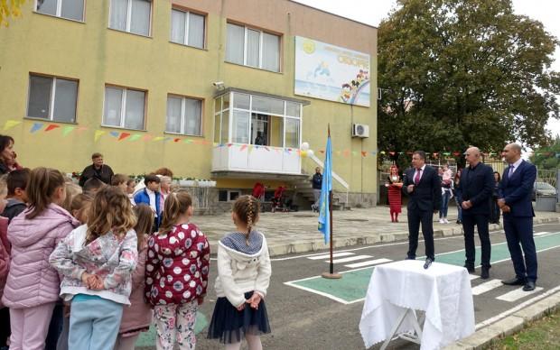 Днес кметът на Община Несебър Николай Димитров, председателят на общинския