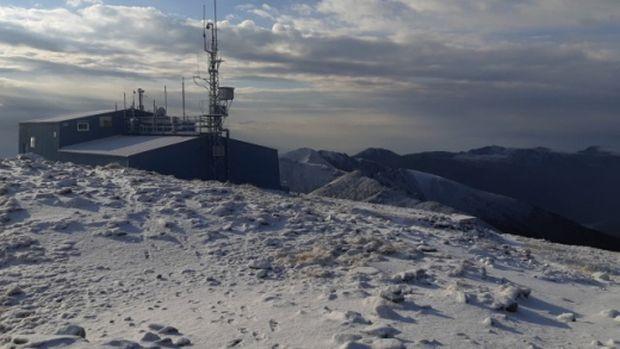 Сняг покри района на връх Мусала тази сутрин за първи